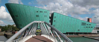 Музей науки Немо в Амстердаме